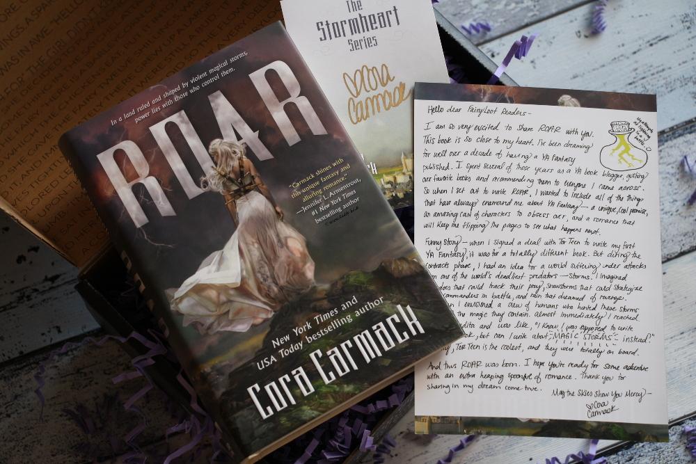 FairyLoot Unboxing Juni 2017 Elementalists Cora Carmack Roar