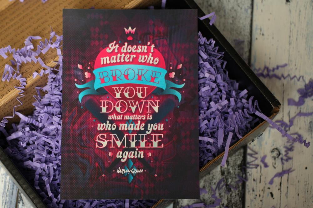 FairyLoot Unboxing Juli 2017 Tricksters Miss Phi Harley Quinn Print